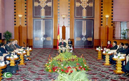 Thủ tướng Nguyễn Tấn Dũng tiếp xã giao các Bộ trưởng, trưởng đoàn tham dự Hội nghị