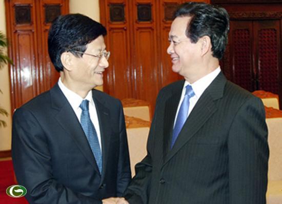 Thủ tướng Nguyễn Tấn Dũng và Bộ trưởng Bộ Công an Trung Quốc Mạnh Kiến Trụ